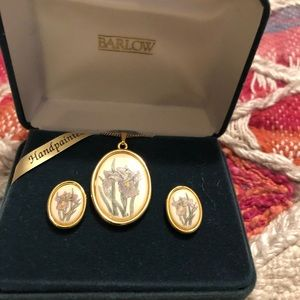 Vintage Barlow Iris Necklace and Earrings Gold
